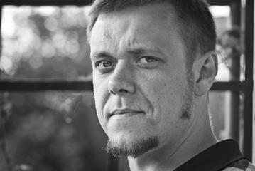 Paweł Kaptur - Szkoła językowa Guliwer w Ostrowcu Świętokrzyskim
